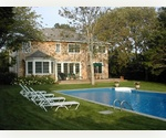 AMAGANSETT LANES TRADITIONAL HEATED POOL CLOSE TO BEACH