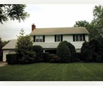 SMART 4 BEDROOM COLONIAL IN SOUTHAMPTON VILLAGE.
