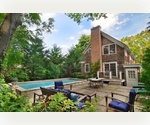 PERFECT FOR ENTERTAINING STONES THROW TO BRIDGEHAMPTON VILLAGE