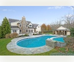 EXQUISITE STUCCO HOME BRIDGEHAMPTON 5 BEDROOMS