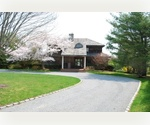 WATER MILL SOUTH........LARGE HOME, 1 ACRE + AND POOL