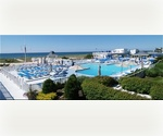 WESTHAMPTON CONDO POOL TENNIS 1 BED 1 BATH